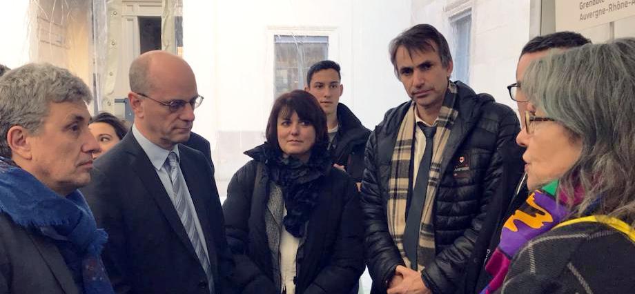 Jean-Michel Blanquer s'entretient avec les membres de notre délégation
